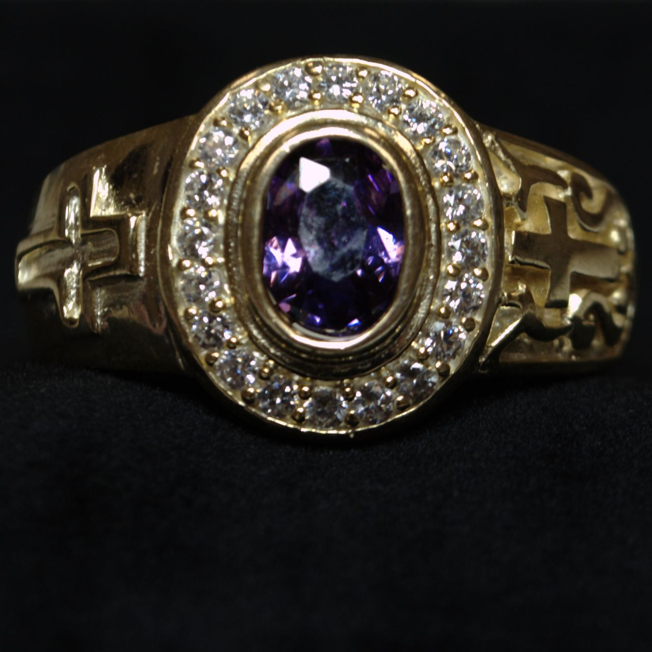 Clergy Ring with Purple Stone - Gold w/ Purple