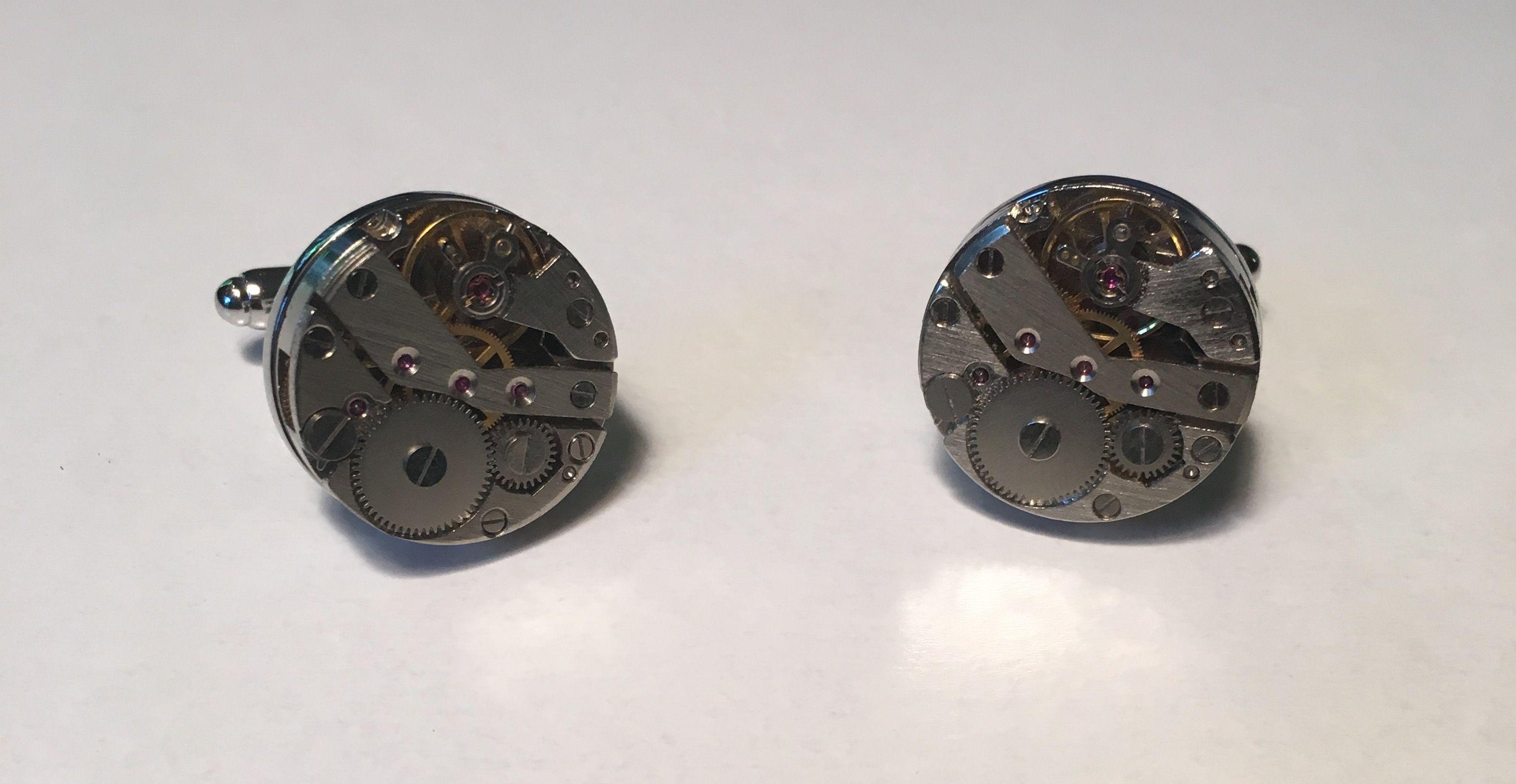 2 Pc. Crafty Inside of Mechanical Watch Moving Gear Savvy Cufflinks