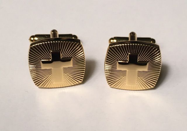 2 Pc. Religious Gold Extreme Fusion Cross Cufflinks