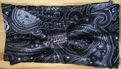 Men's Extravagant Solo Paisley Pattern Bow Tie + Hanky - Black