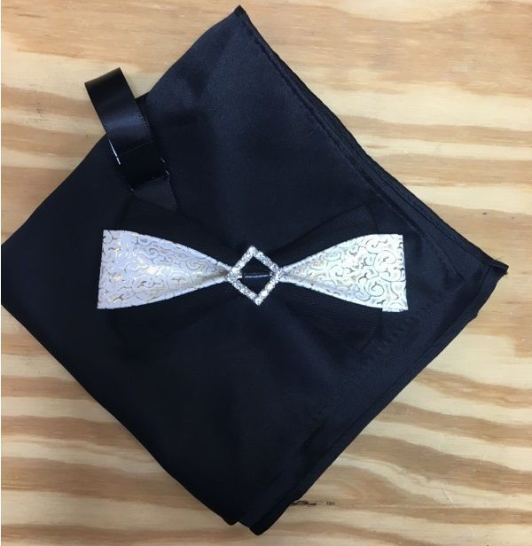 *Men's Diamond Look Middle with Creamy Details Shrunk Bow Tie + Solid Hanky