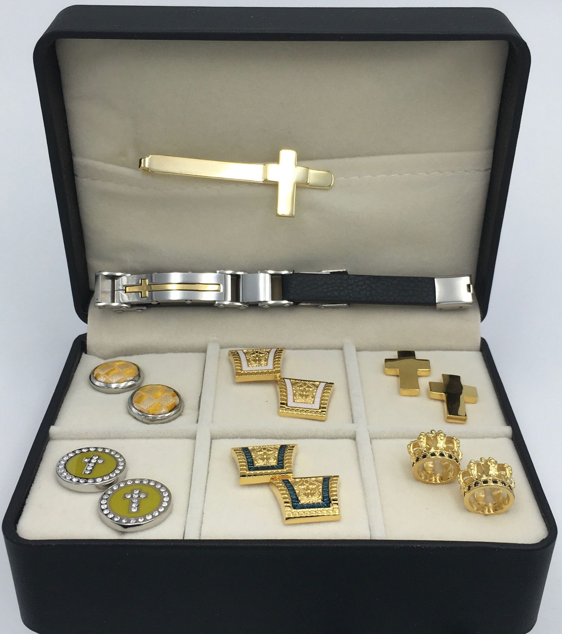 The Max Box 6 Different Pairs of Cufflinks, Tie Bar and Clergy Bracelet